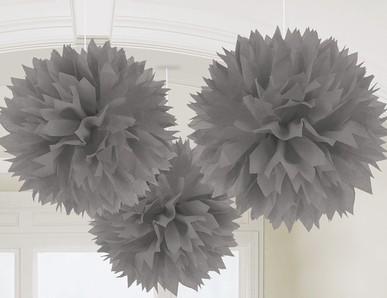 Plesová dekorace ve stříbrném odstínu
